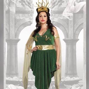 Plus Size Medusa Halloween Costume 16/18 1X/2X